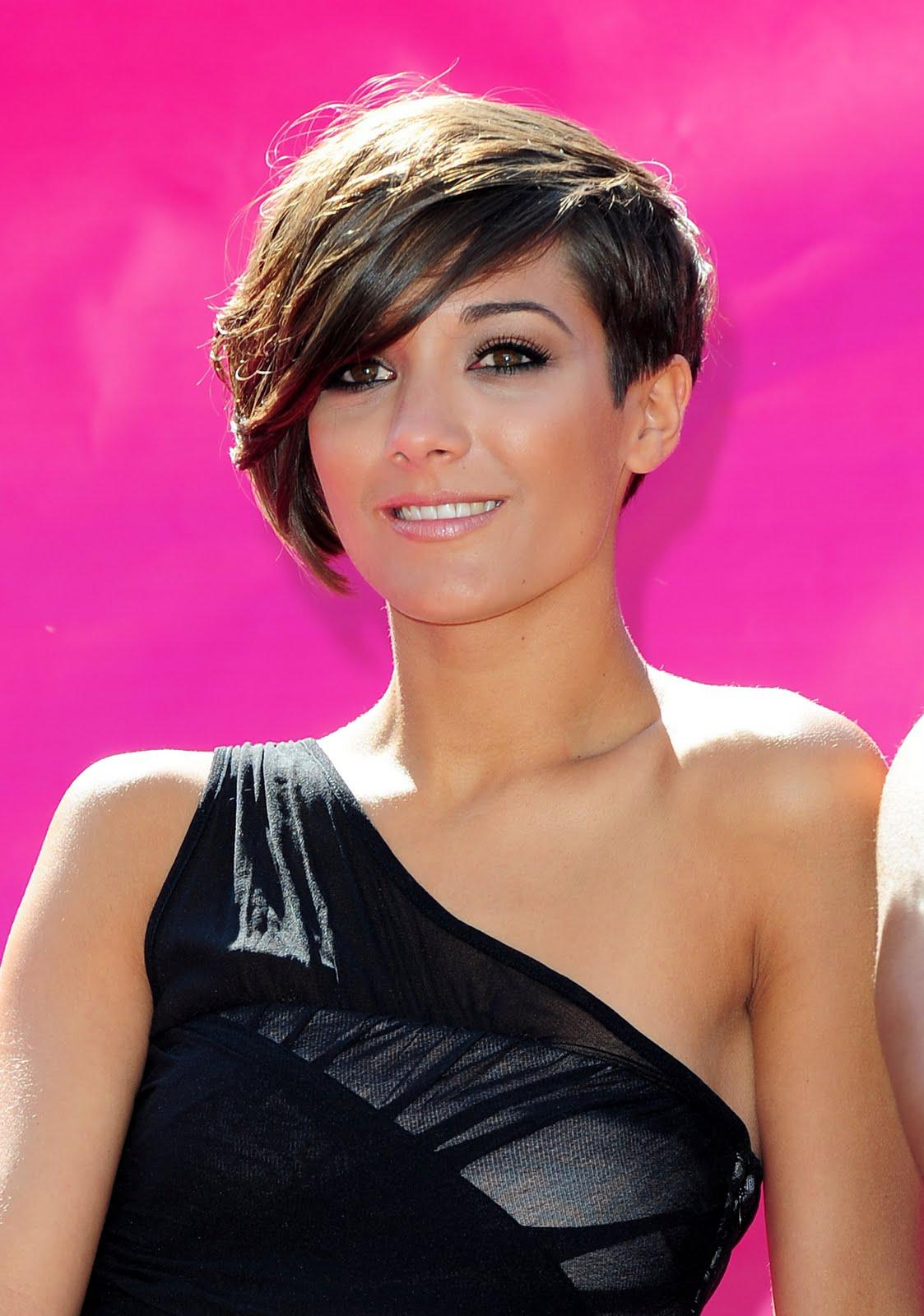 Frankie Bridge Nude Page 2 Pictures Naked Oops