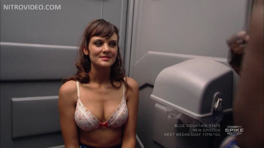 Frankie Shaw Nude Naked Pics And Videos Imperiodefamosas