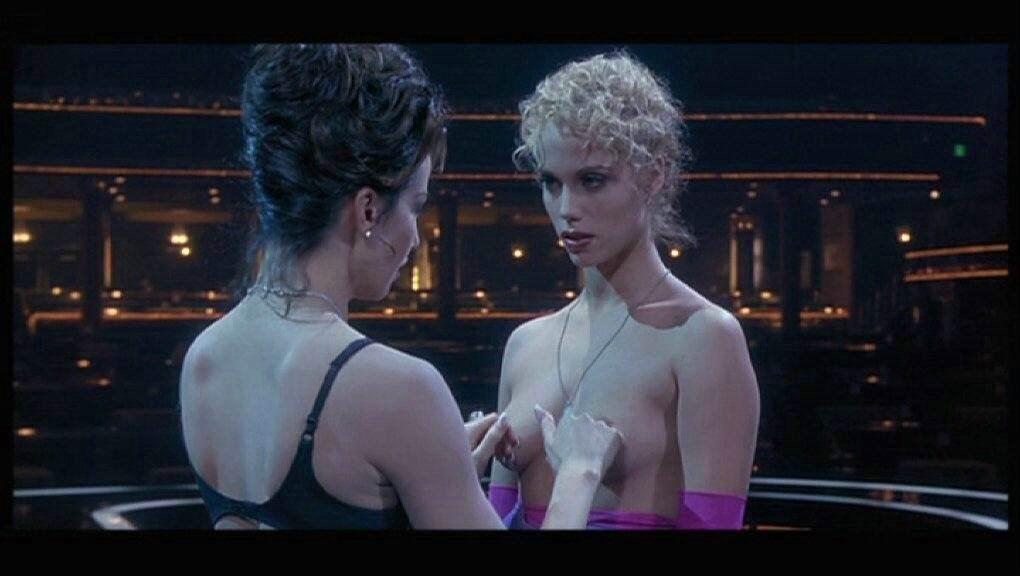RAQUEL: Gina gershon nude pic