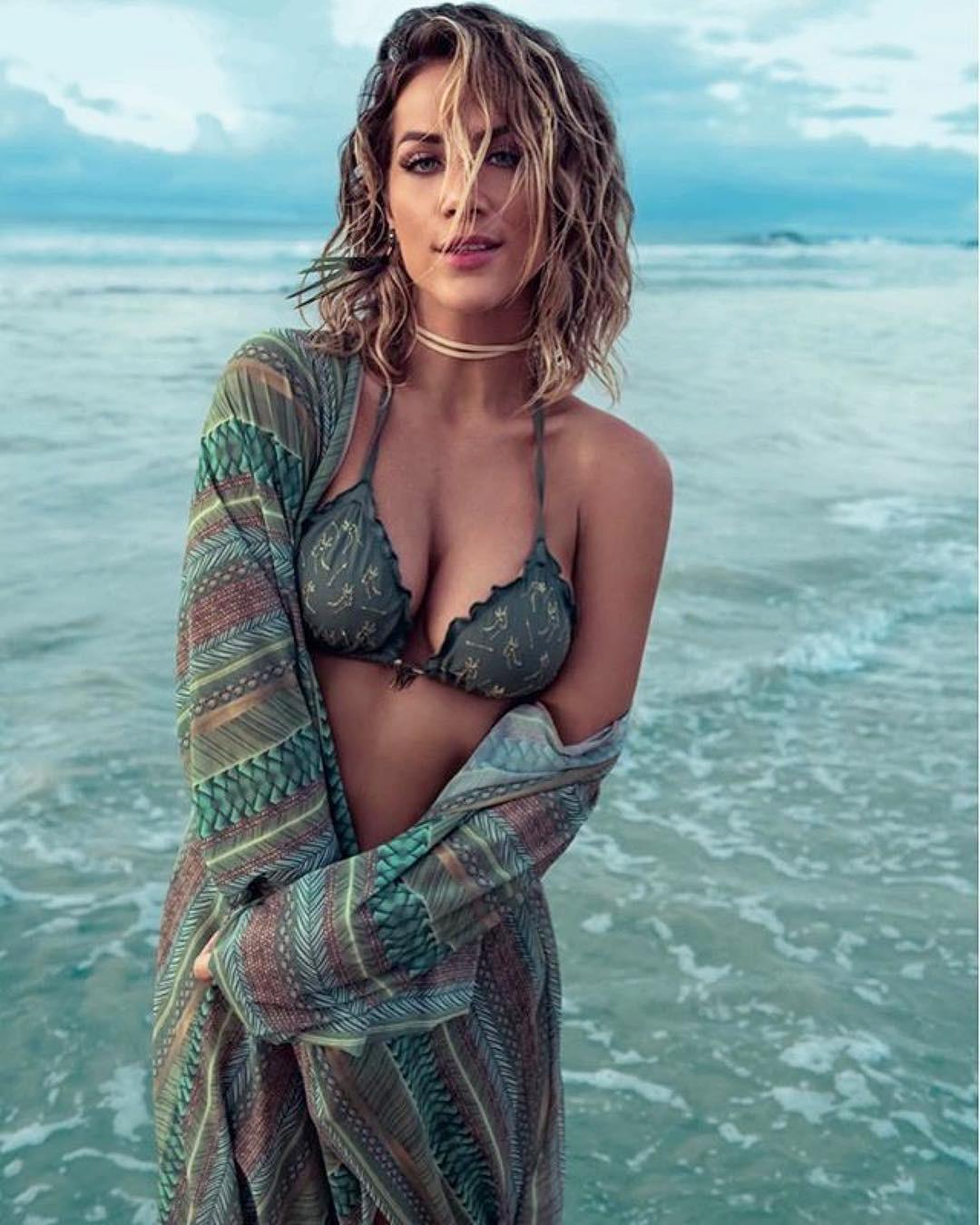 Nackt  Giovanna Ewbank Giovanna Ewbank