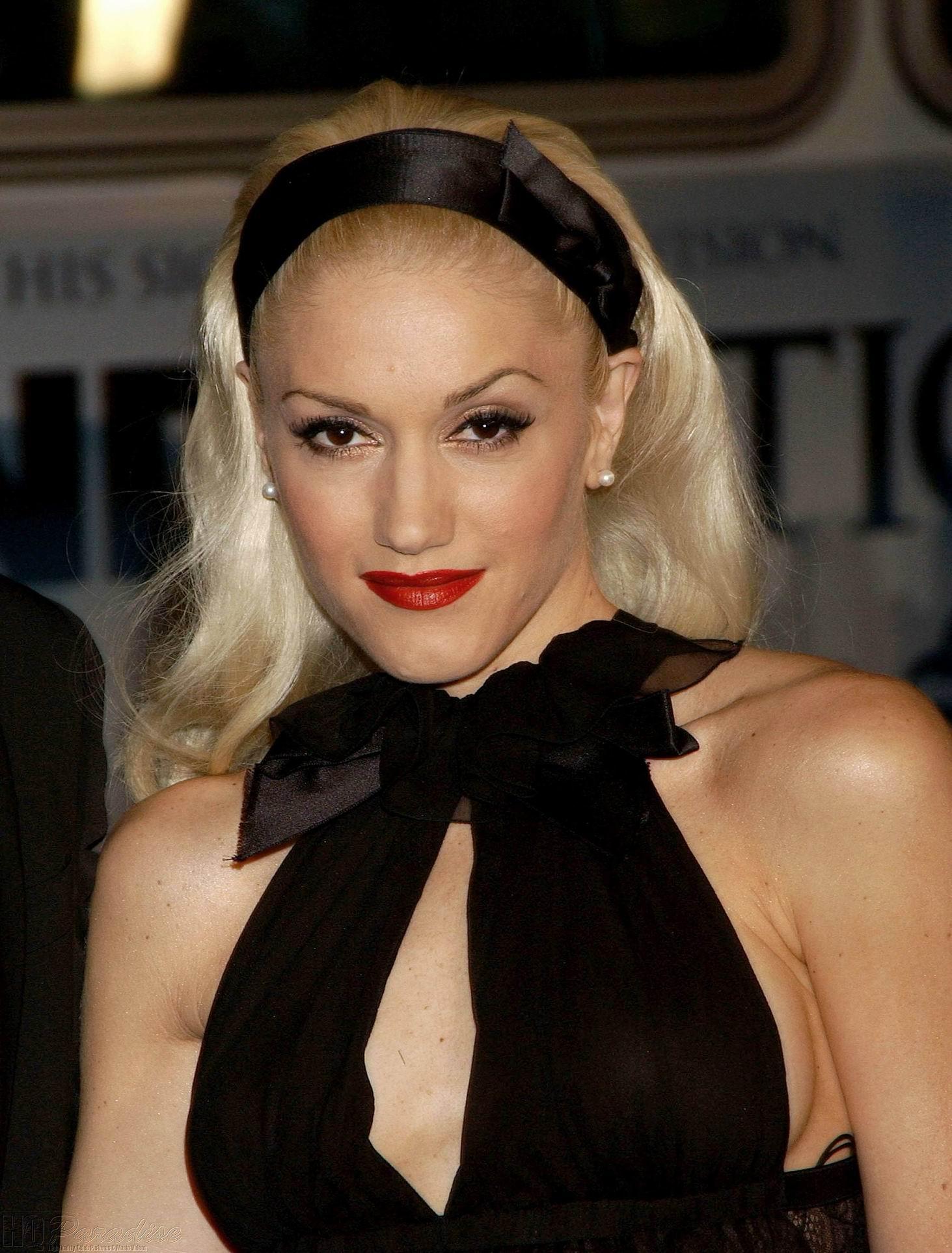 Gwen stefani's nude makeup