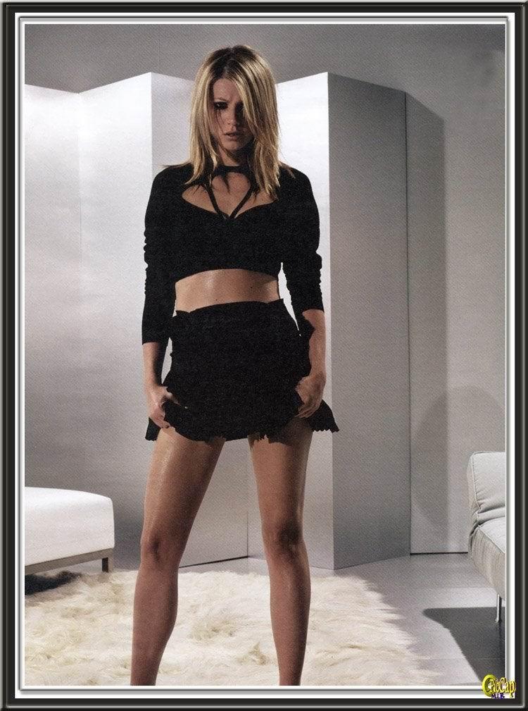 Gwyneth Paltrow HOT Scene In Sylvia Movie - Scandal Planet