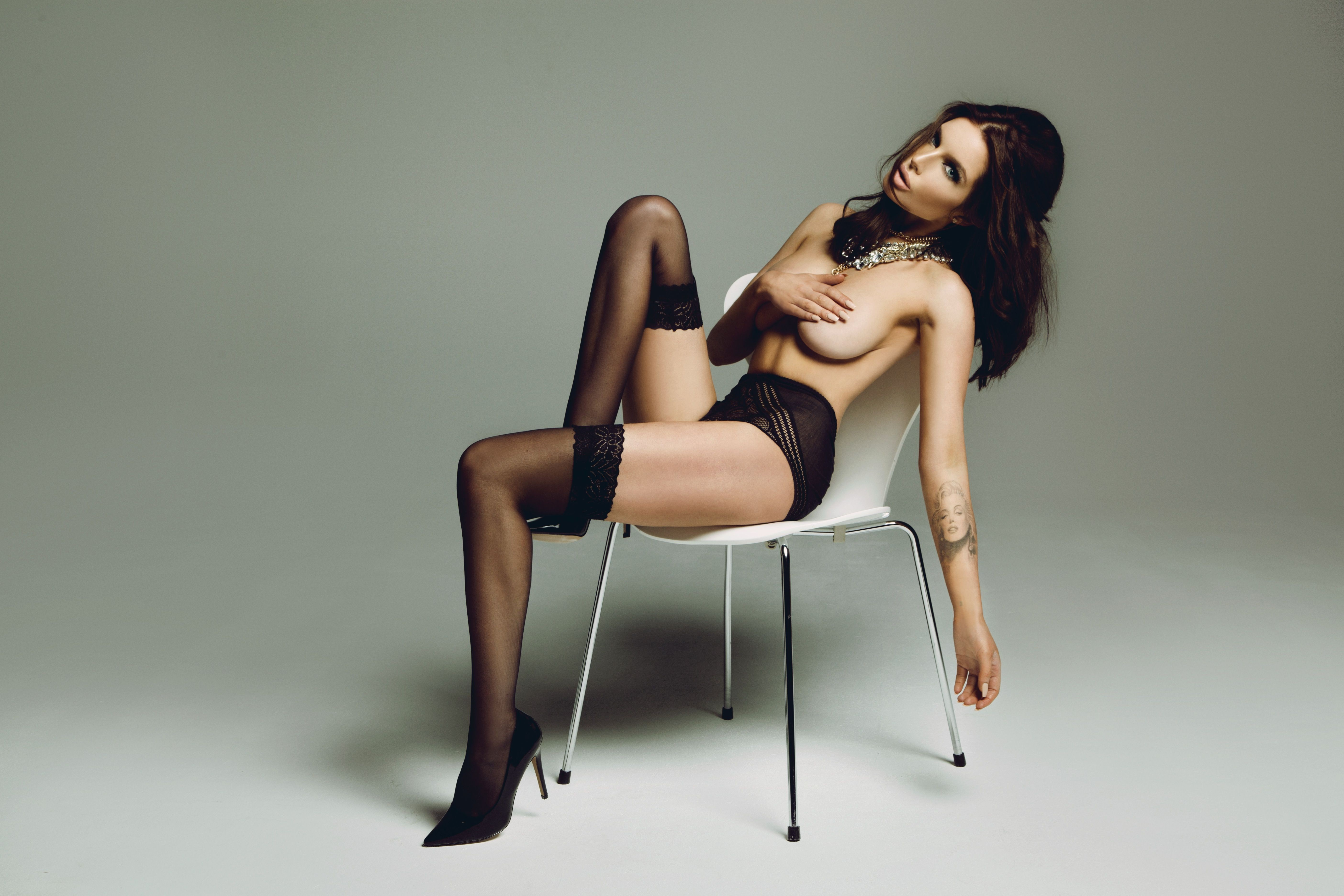 Helen pearson nude ass pussy
