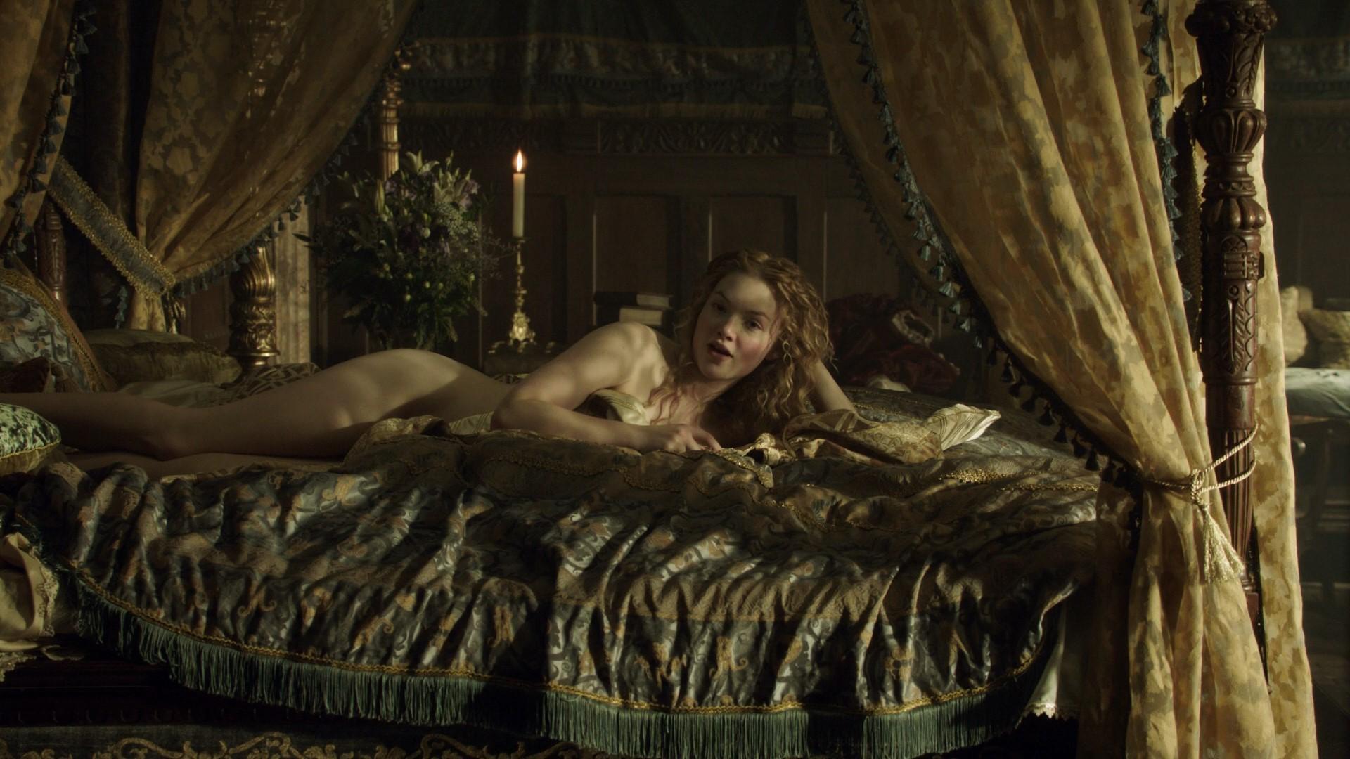 Holliday grainger celebrity nude
