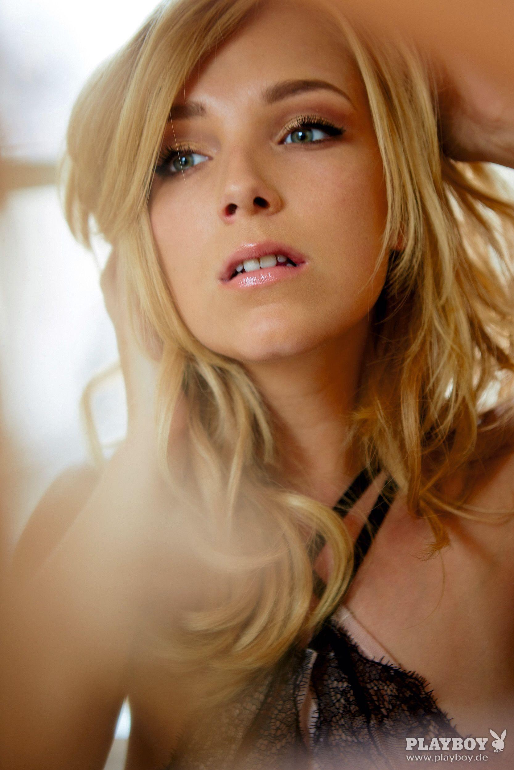 Blonde angel porn