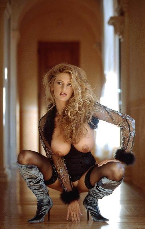 German nude girl models