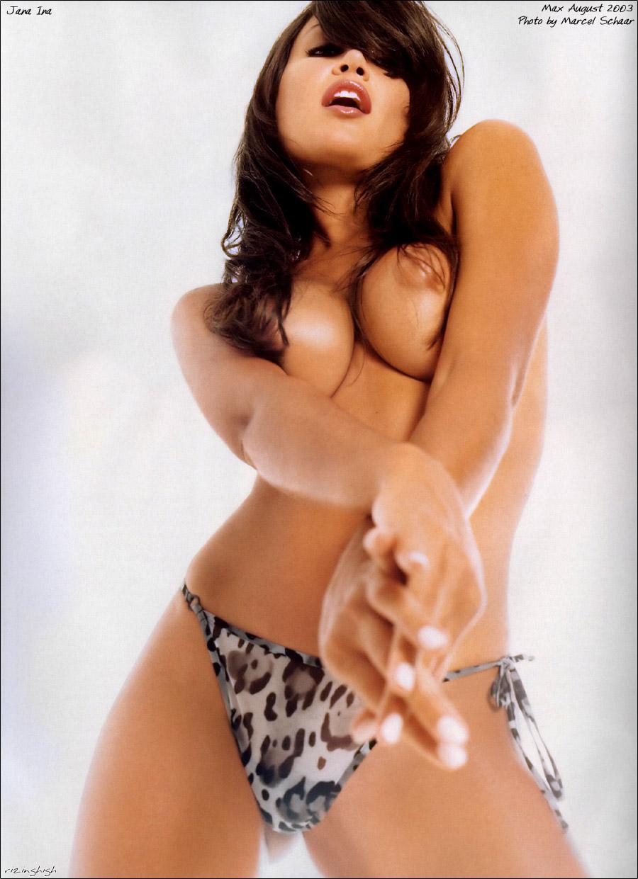 beautiful girl nude
