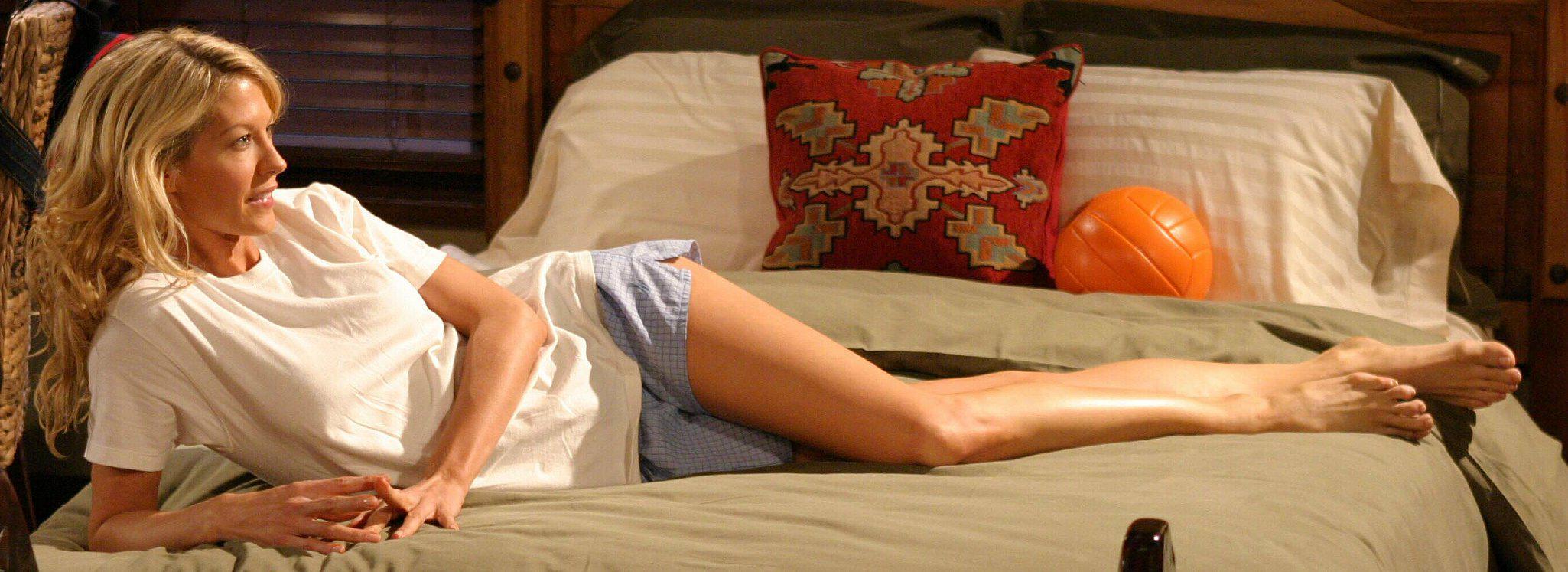Jenna Elfman - Krippendorfs Tribe -