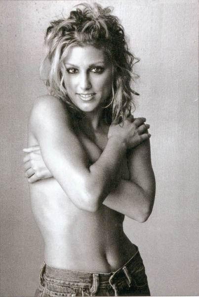 Jennifer Esposito desnuda - Fotos y Vídeos -