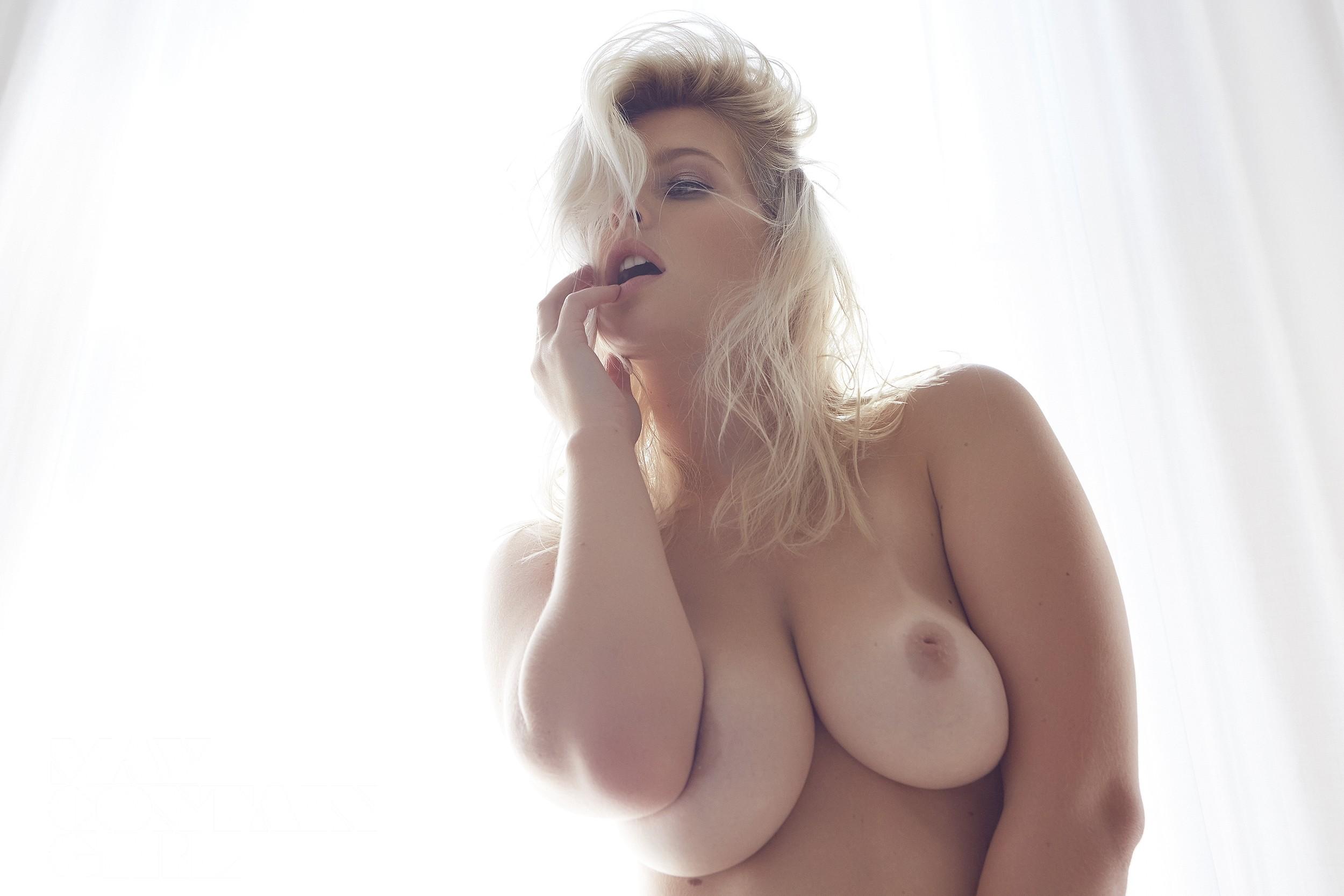 jess davies nude