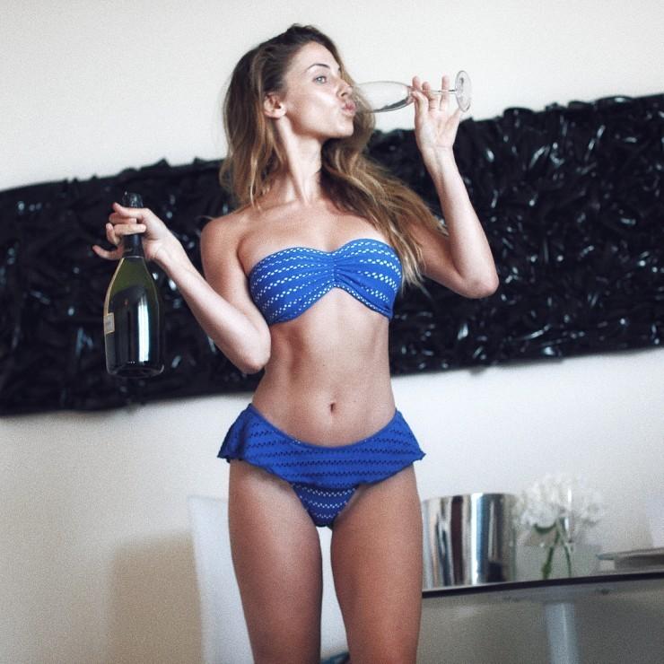 Jessica Lowndes Desnuda Fotos Y Vídeos Imperiodefamosas