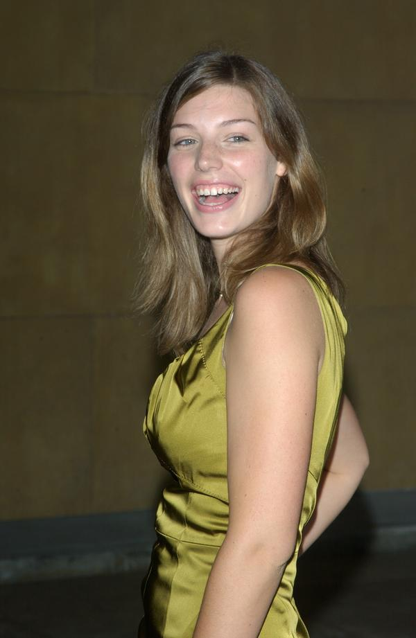 Piper perabo and jessica pare lost and delerious - 3 part 8