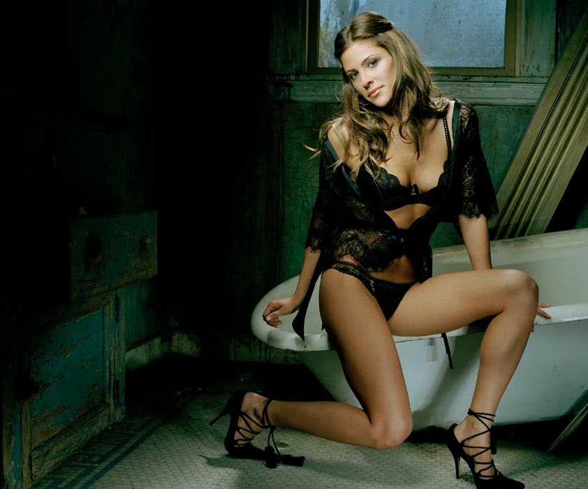 Miss nude black usa
