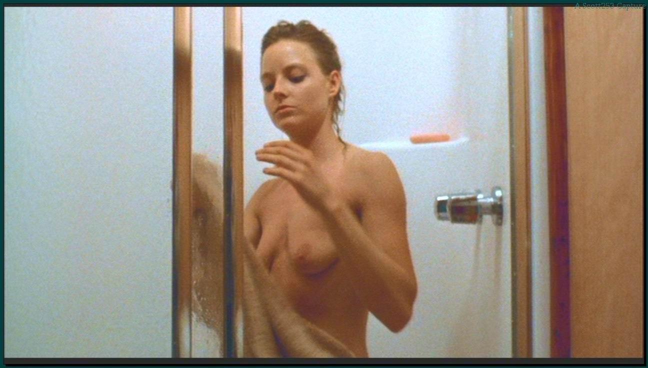 Nudist female bodybuilding