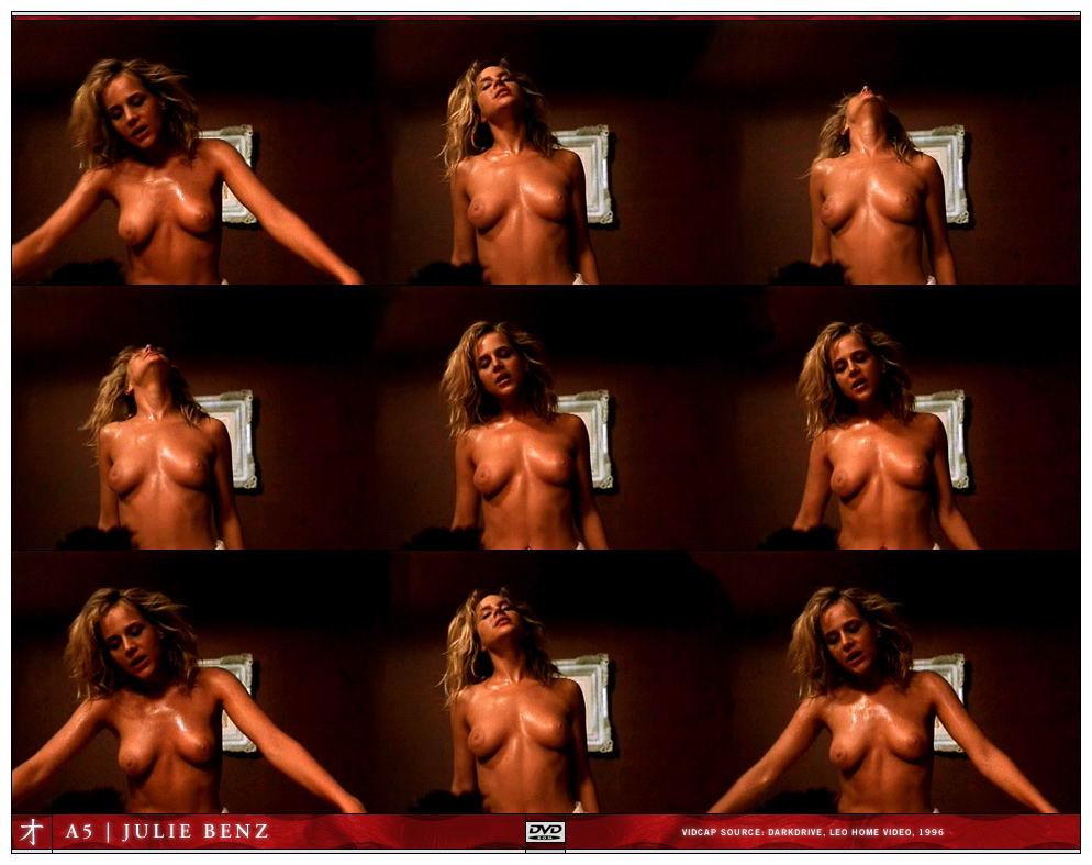 julie-masse-naked