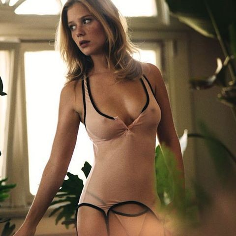 Borders nude kabby Free Preview