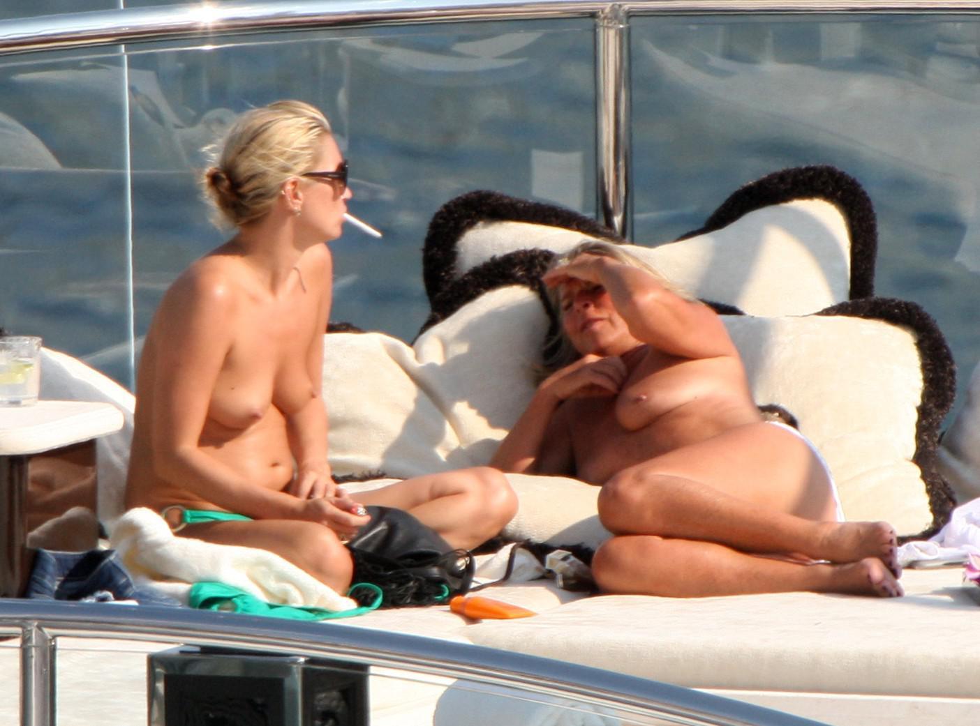 moss topless beach Kate