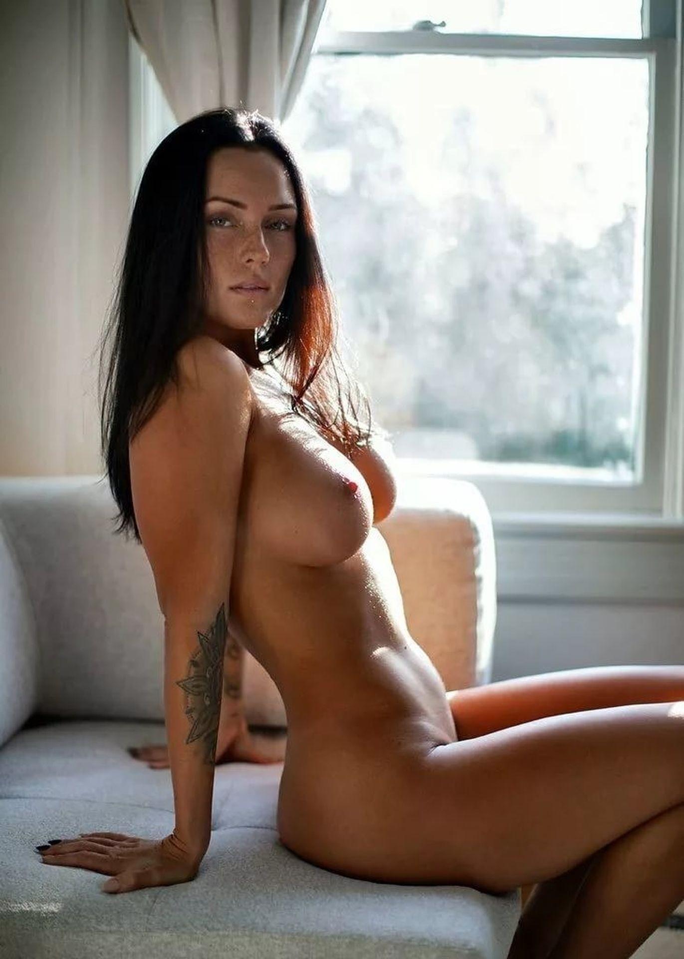 Lauren summer nude gallery leak model