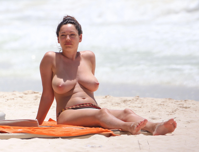 Celeb filipina naked