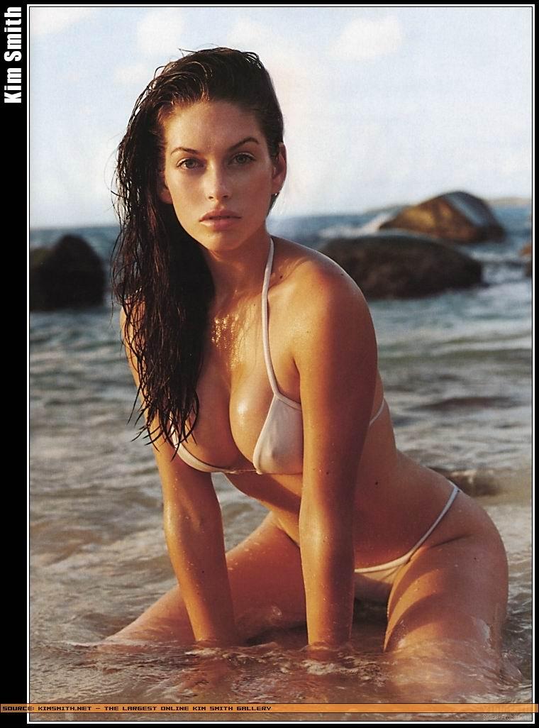 kim smith bikini