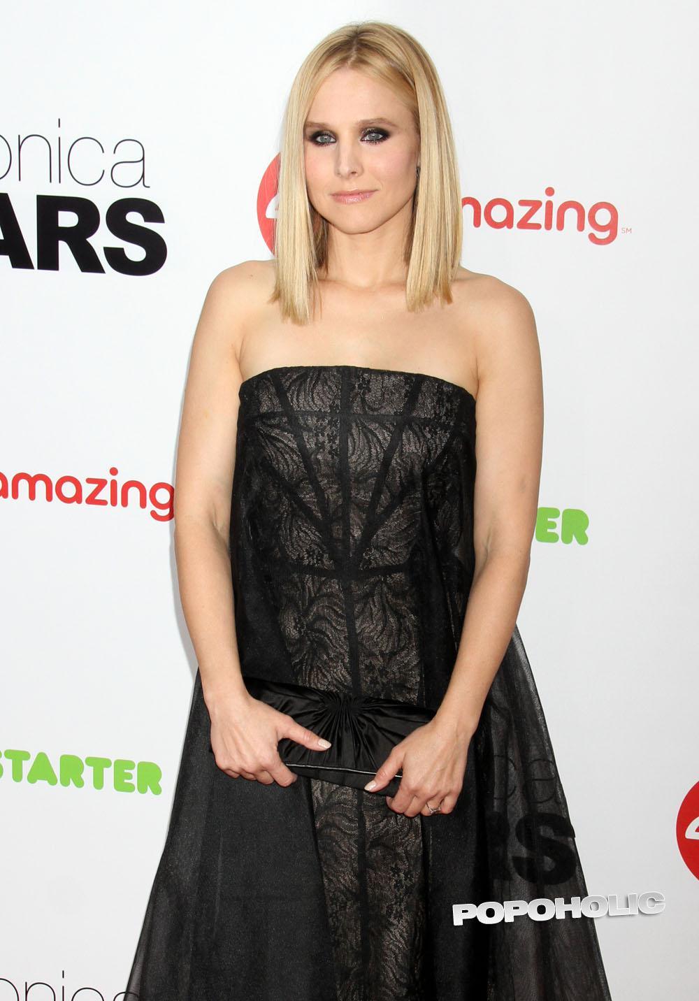 Kristen Bell desnuda en Forgetting Sarah Marshall -