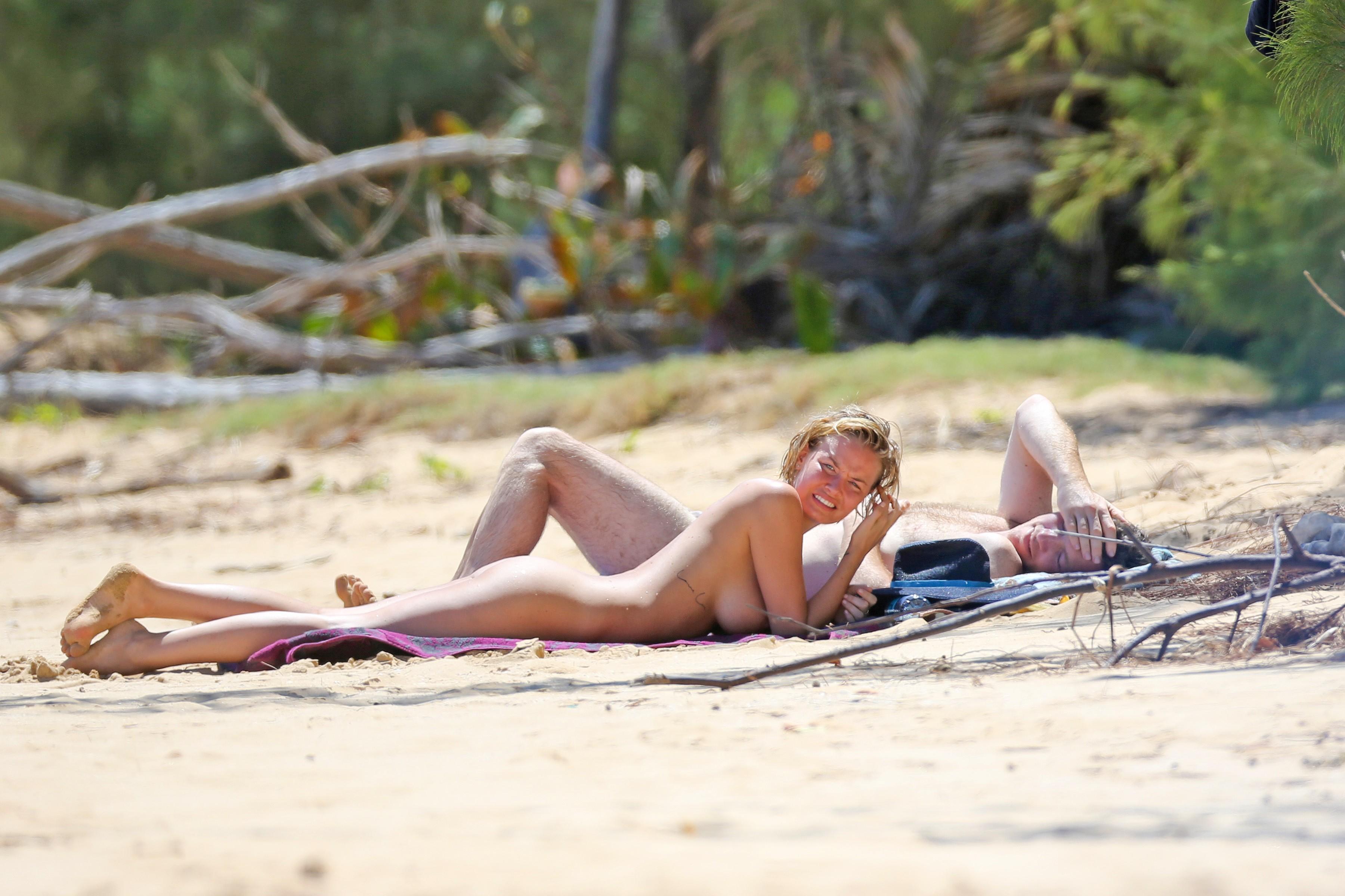 Size girl nude lara bingle fucking sexy