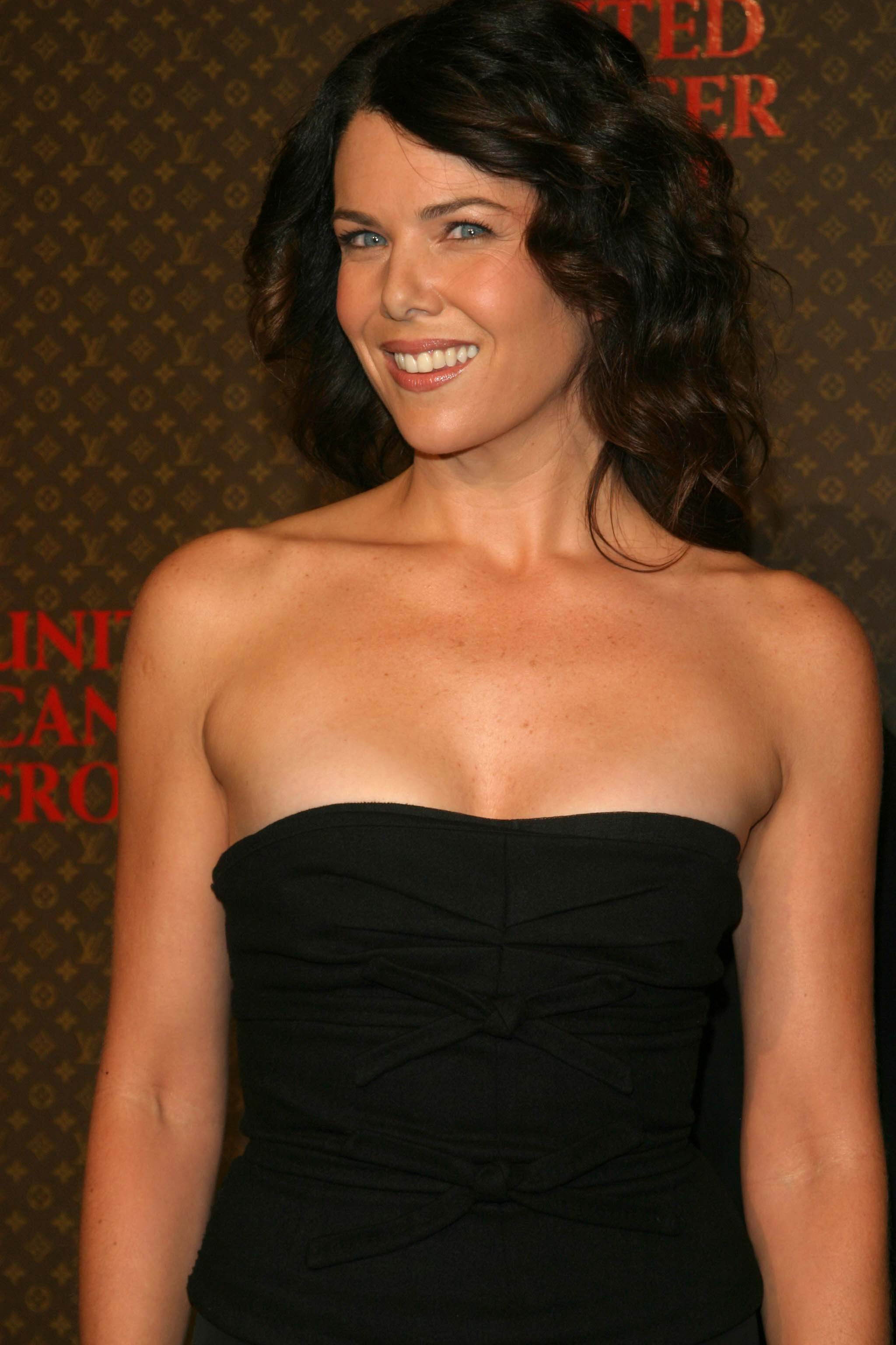 Lauren Graham - Page 3 pictures, naked, oops, topless ...