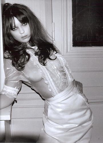 Lea Thompson y Tom Cruise desnudos en La clave del