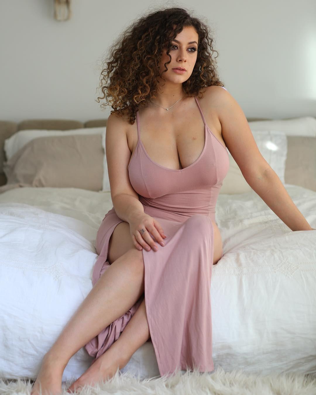 Leila Lowfire Desnuda Página 3 Fotos Desnuda Descuido Topless