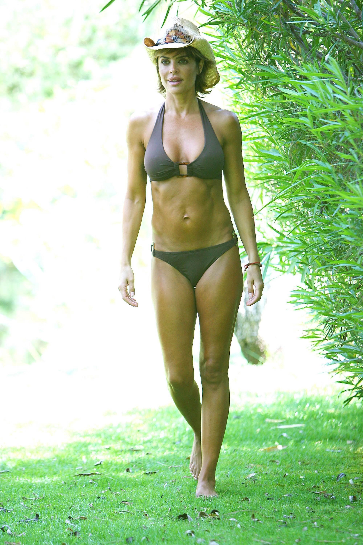Lisa rinna bikini want
