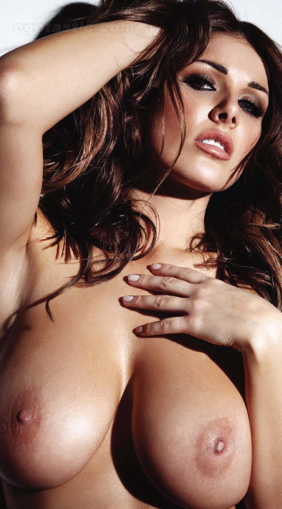 Celebrity with big boobs and sexy pussy apologise, but