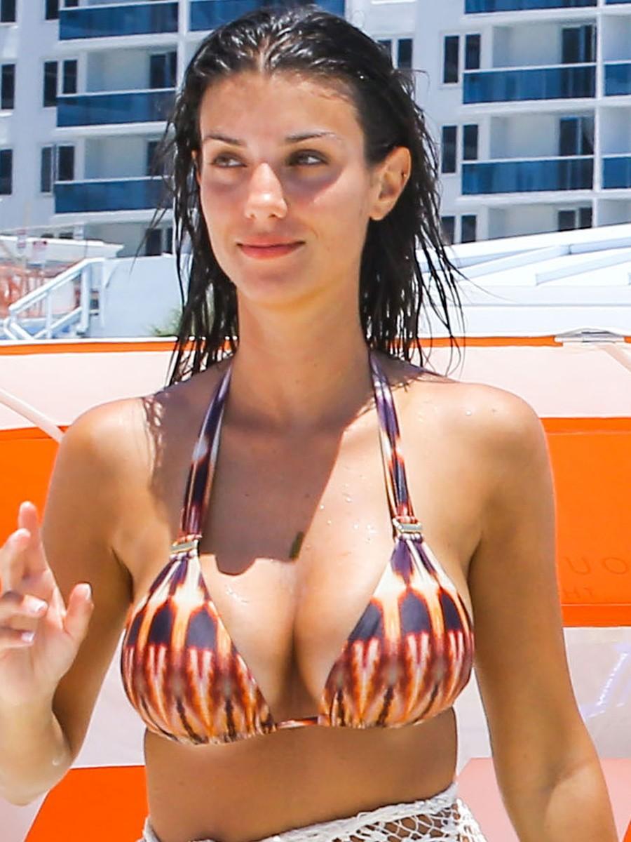 Sexy Molly Bennett nudes (97 photo), Sexy, Cleavage, Instagram, in bikini 2020