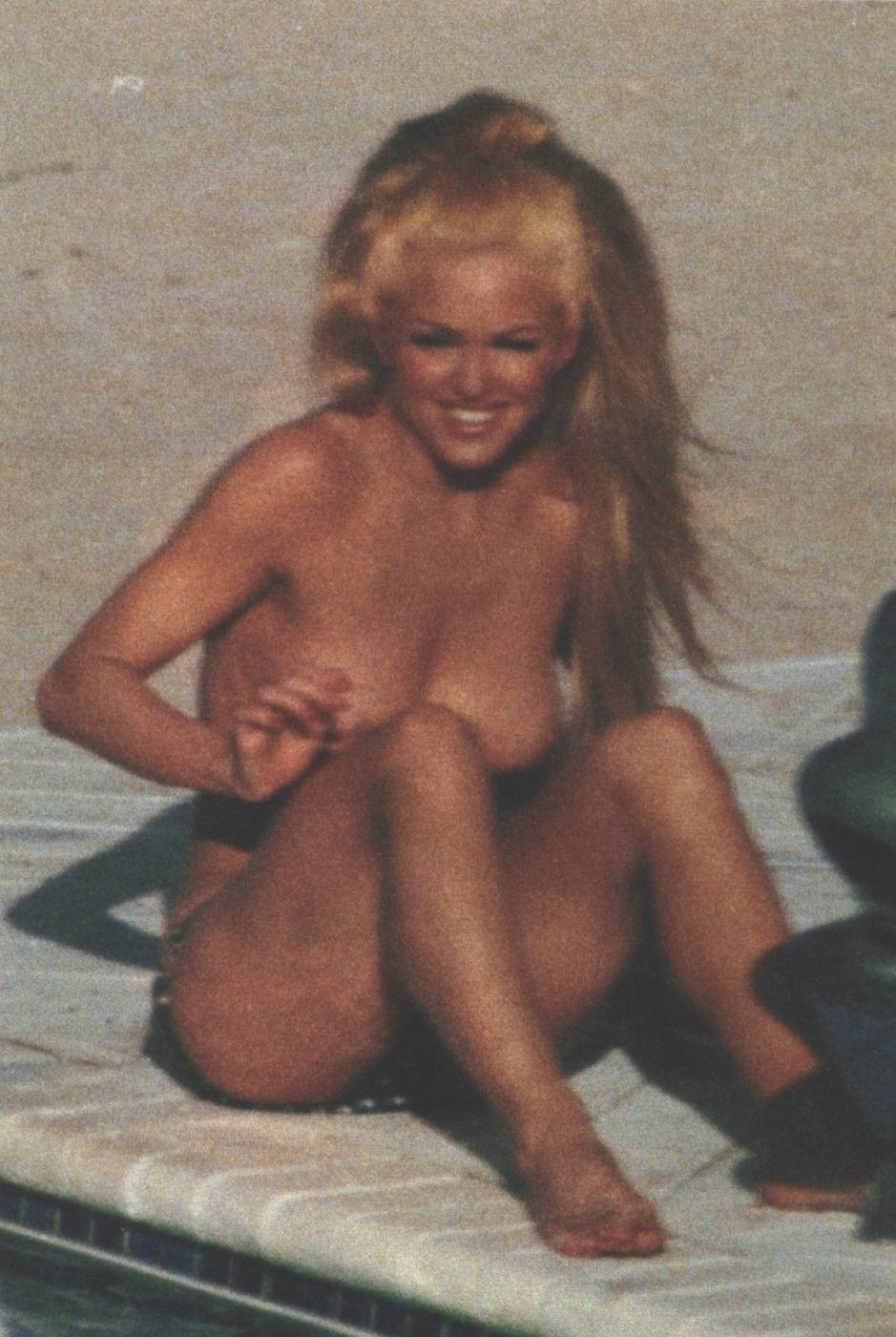image Madonna body of evidence