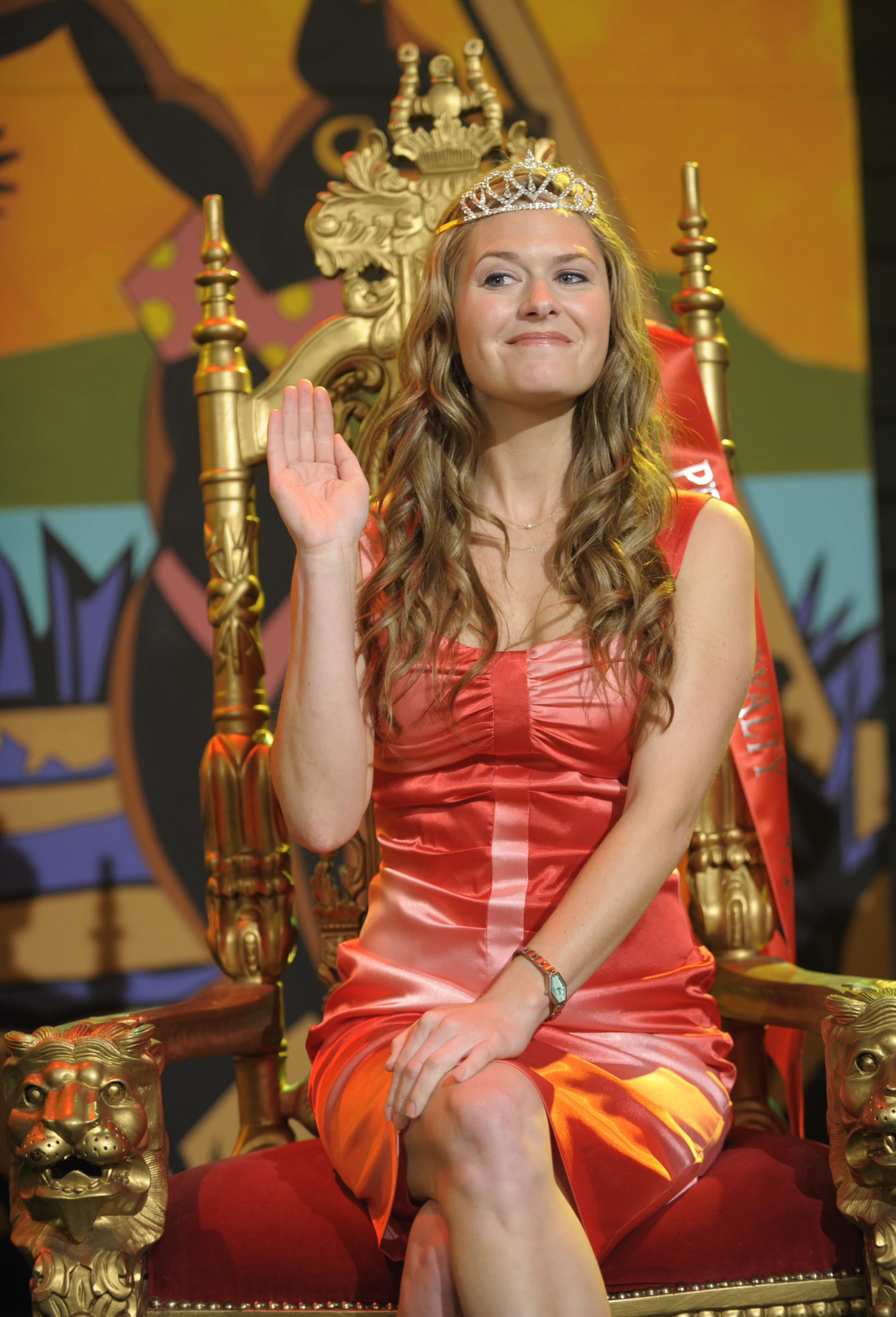 Maggie Lawson Nude Pictures Complete maggie lawson nude, naked - pics and videos - imperiodefamosas