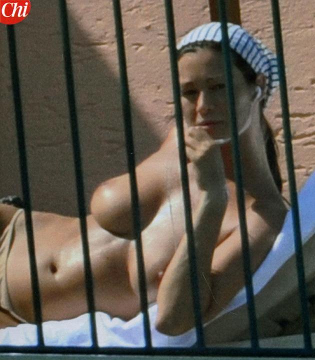Manuela Arcuri Desnuda Fotos Y Vídeos Imperiodefamosas
