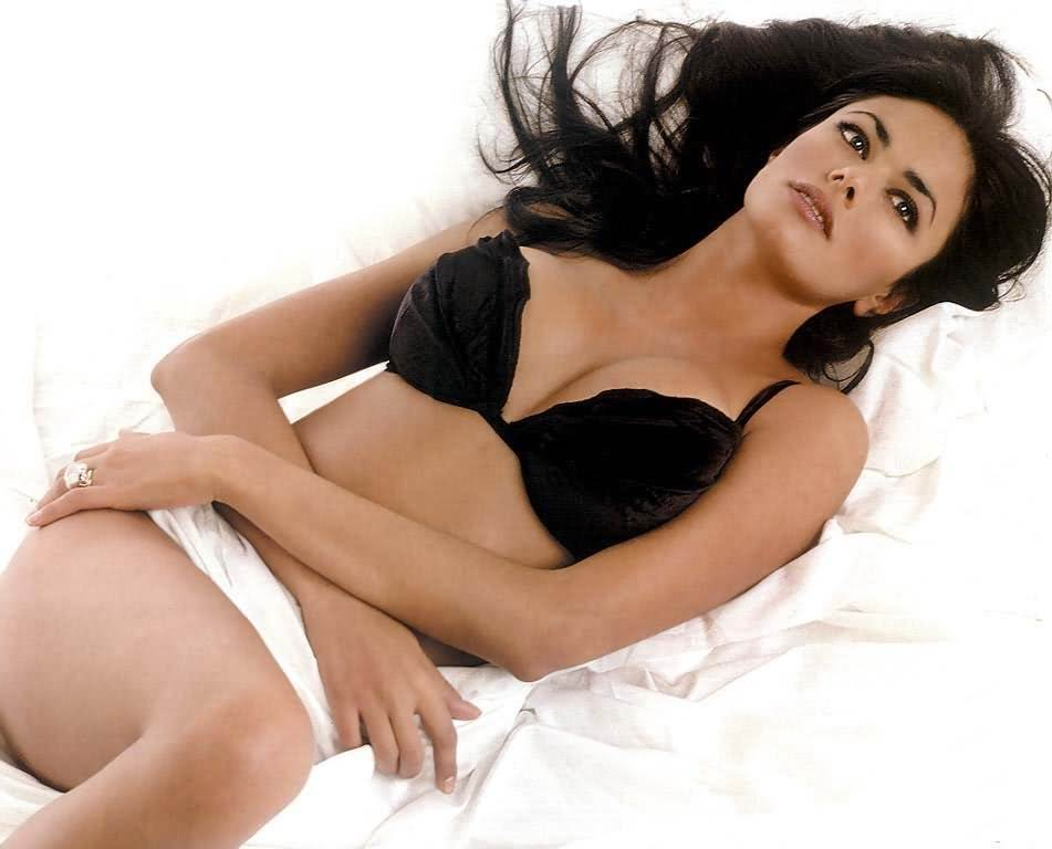 Mature women spread open