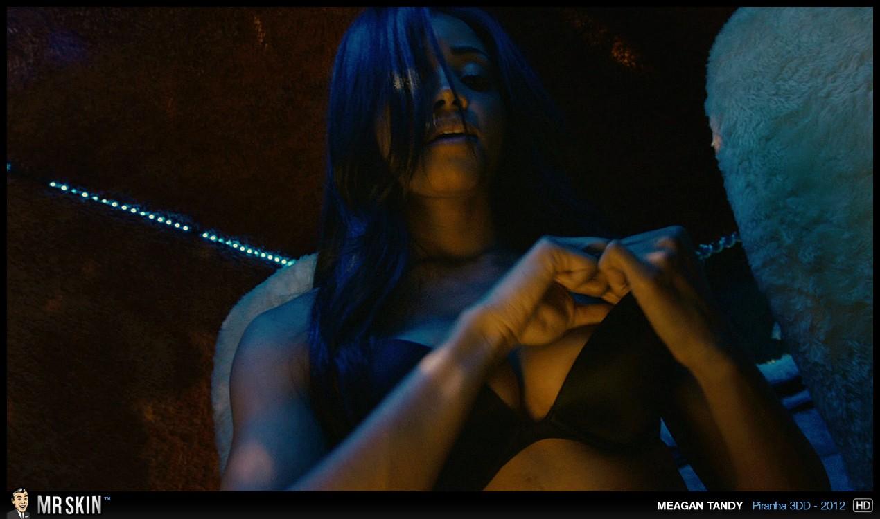 Meagan tandy lesbian scene in batwoman tnaflix porn pics