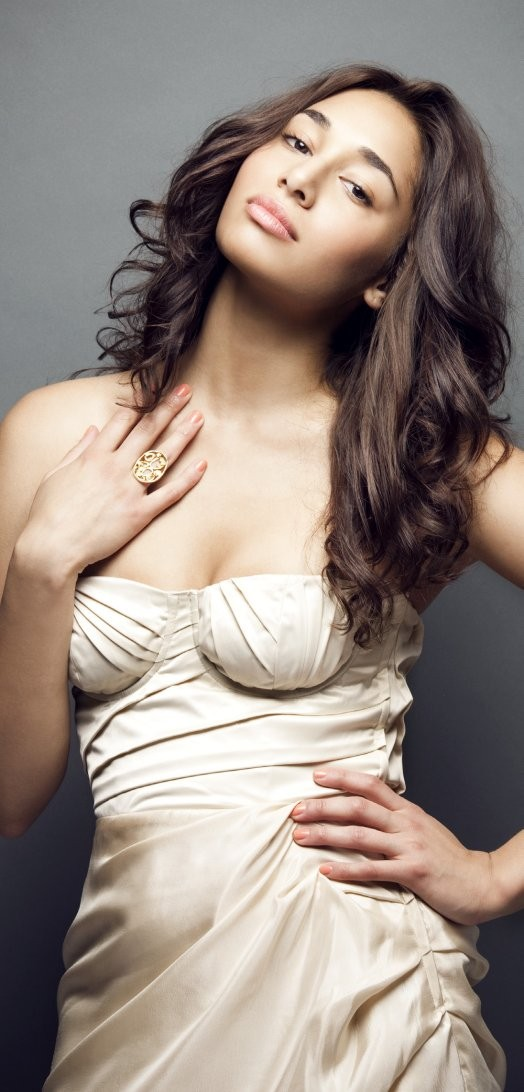Meaghan Rath  nackt