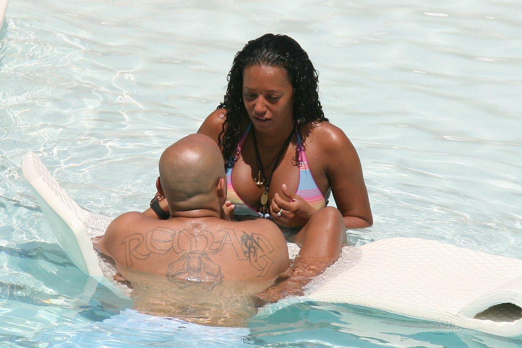 nude jamaican female