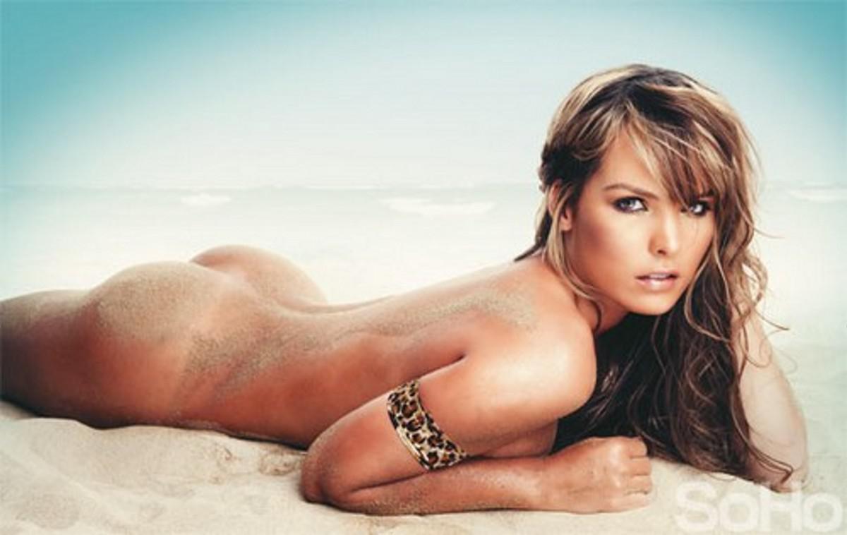 Wallpaper Melissa Giraldo, Brunette, Beach, Model Desktop Wallpaper
