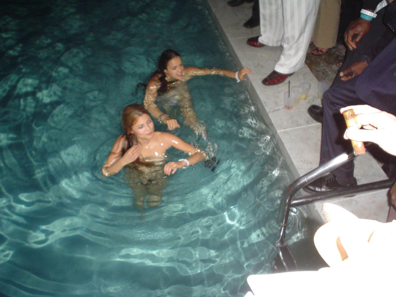 Michelle Rodríguez desnudo integral durante sus