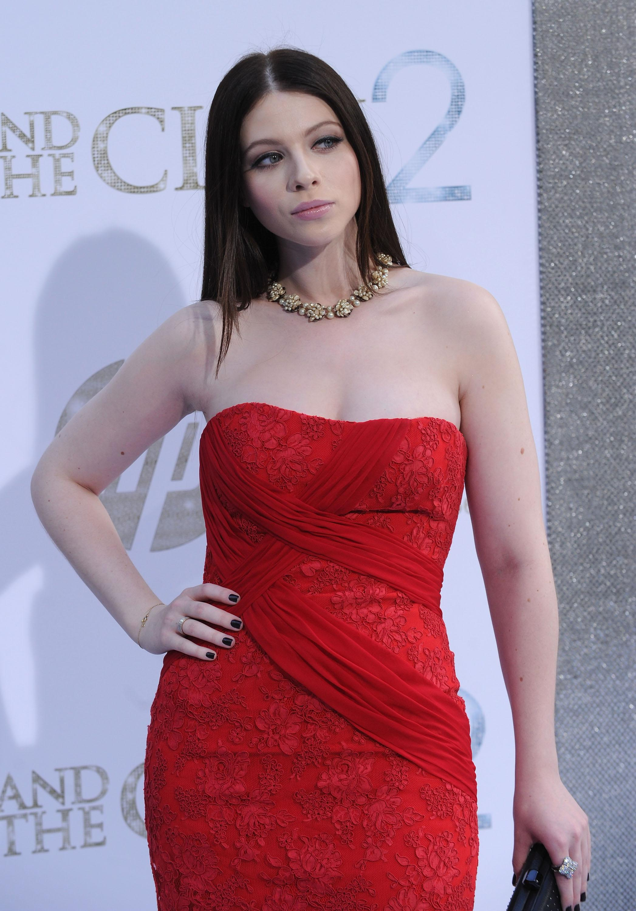 Michelle Trachtenberg Nude Pics and Videos -- - Top Nude