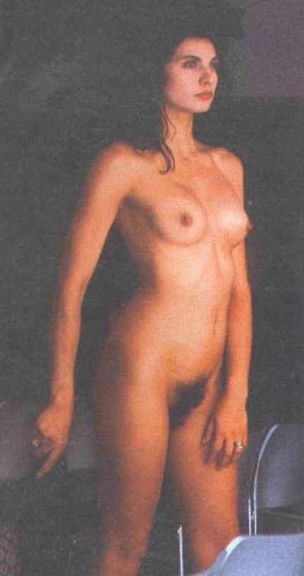 Fotos de desnudos de Nadia Fars filtradas en internet