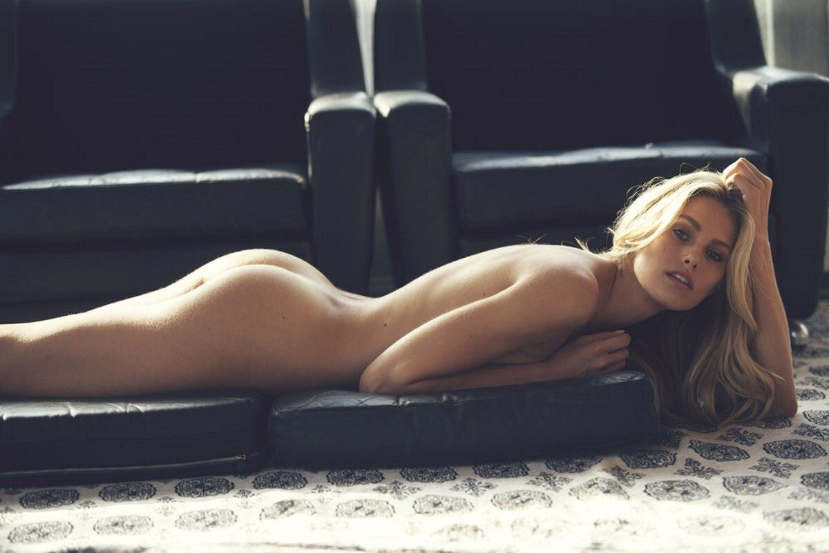 Annasophia robb nude aznude
