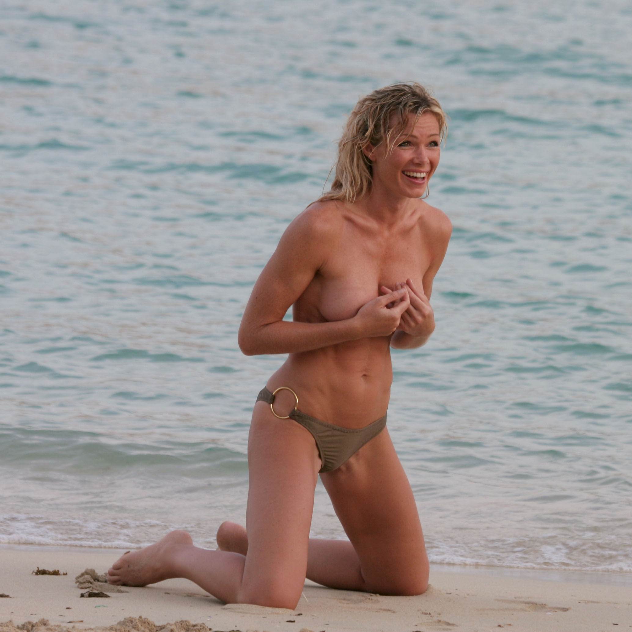 Nell mcandrew nude pictures gallery, nude and sex scenes