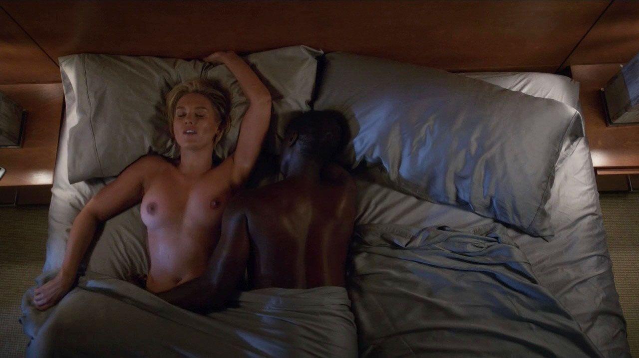 Hall pass movie sex scenes