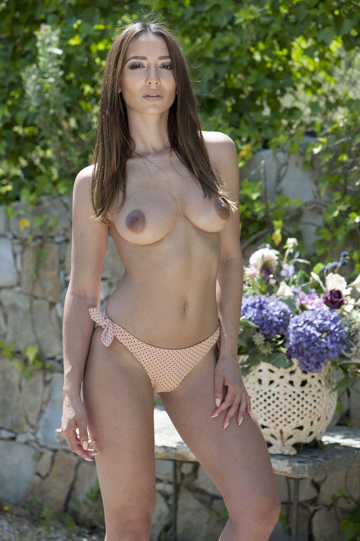 nicola-mar-nude-handcuffs-girls
