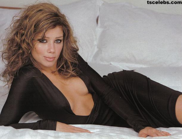 Nikki Sanderson nude - Page 3 pictures, naked, oops, topless, bikini