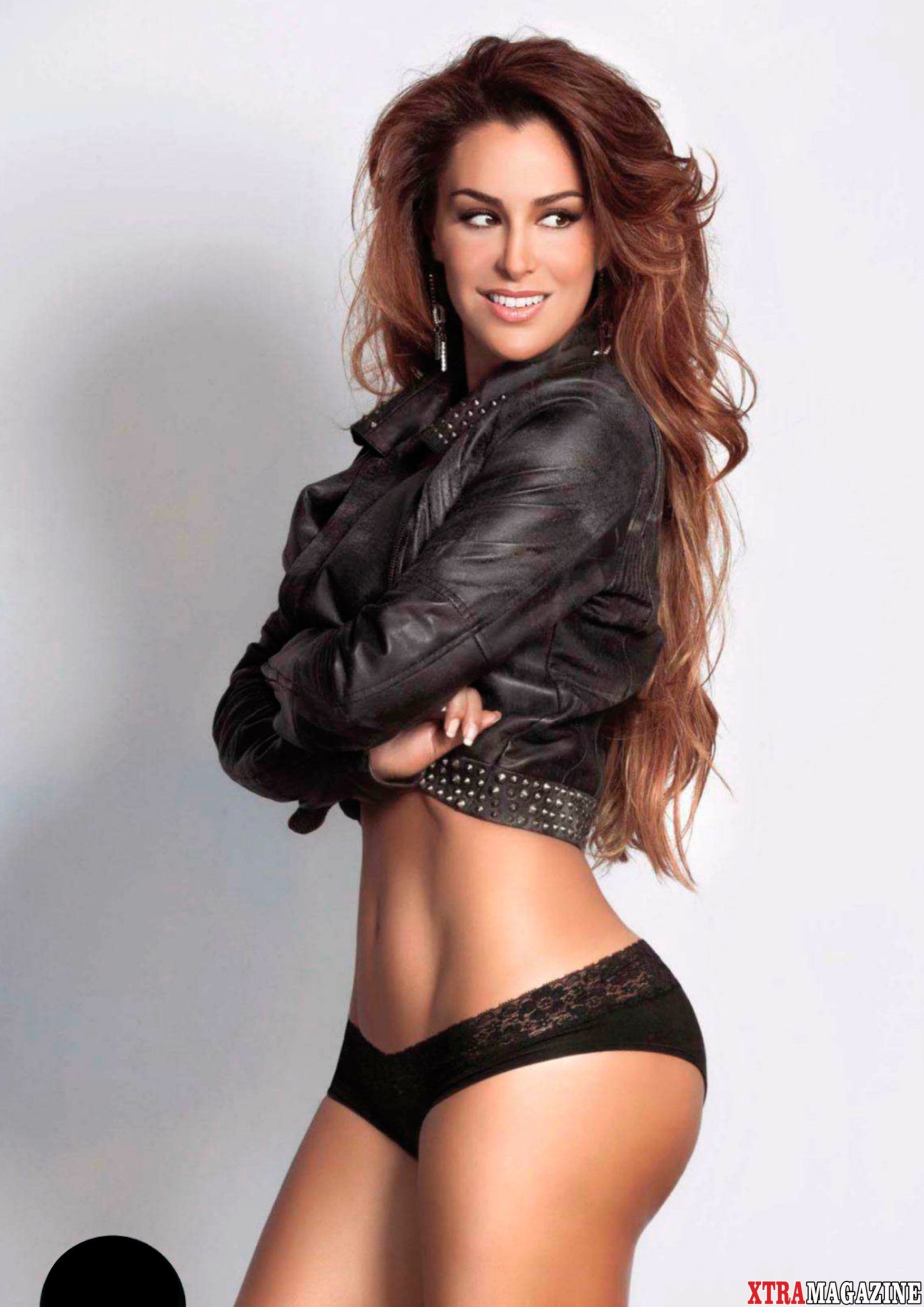 Ninel Conde Nude Pictures 17