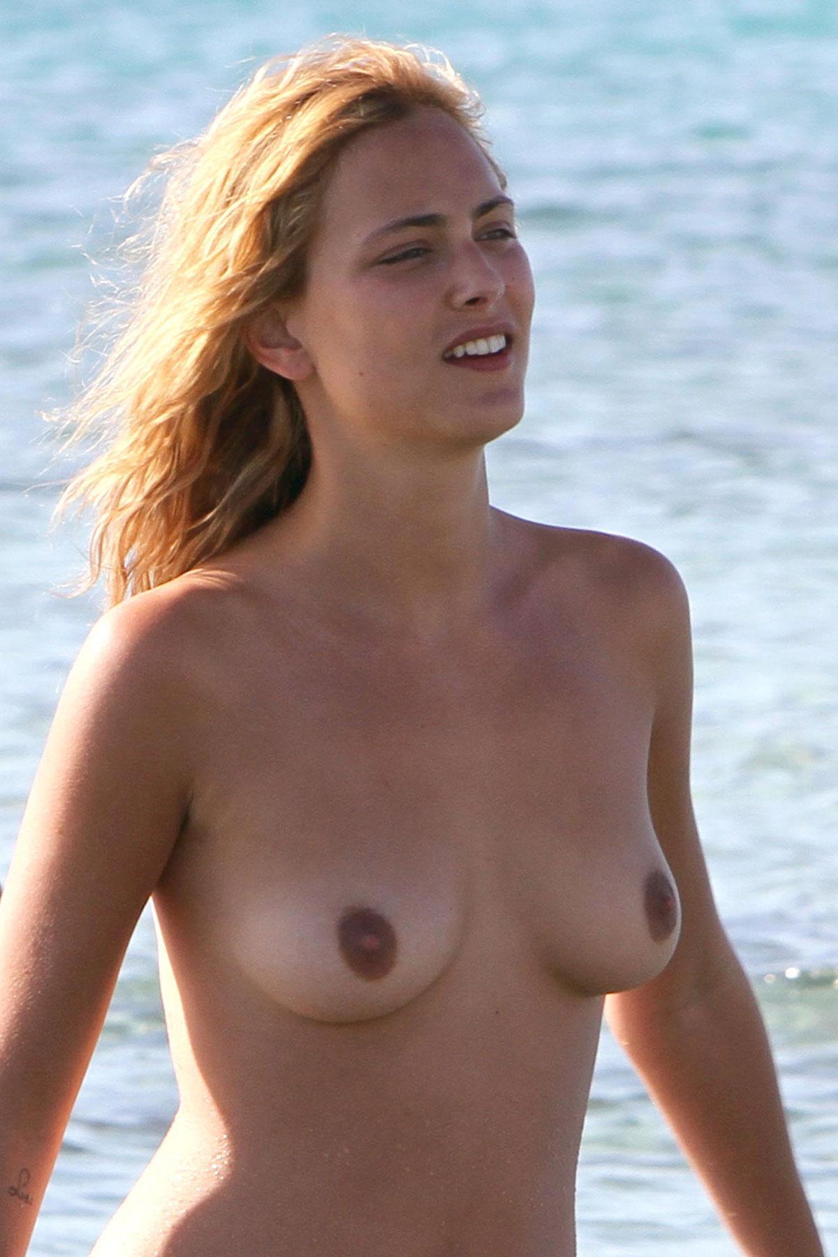America Olivo Desnuda nude - pics of nora arnezeder nude, naked, topless, oops